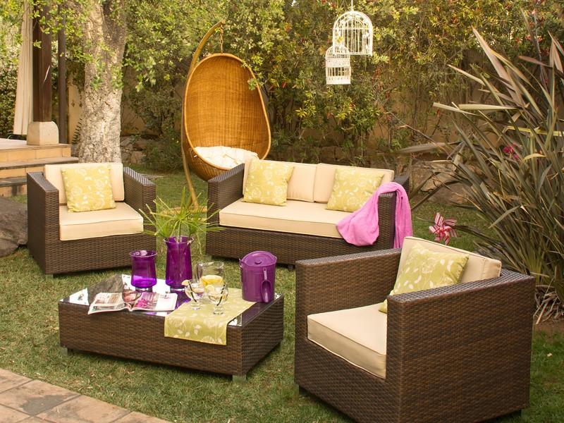 sillones y mesa para terraza de rat n sint tico