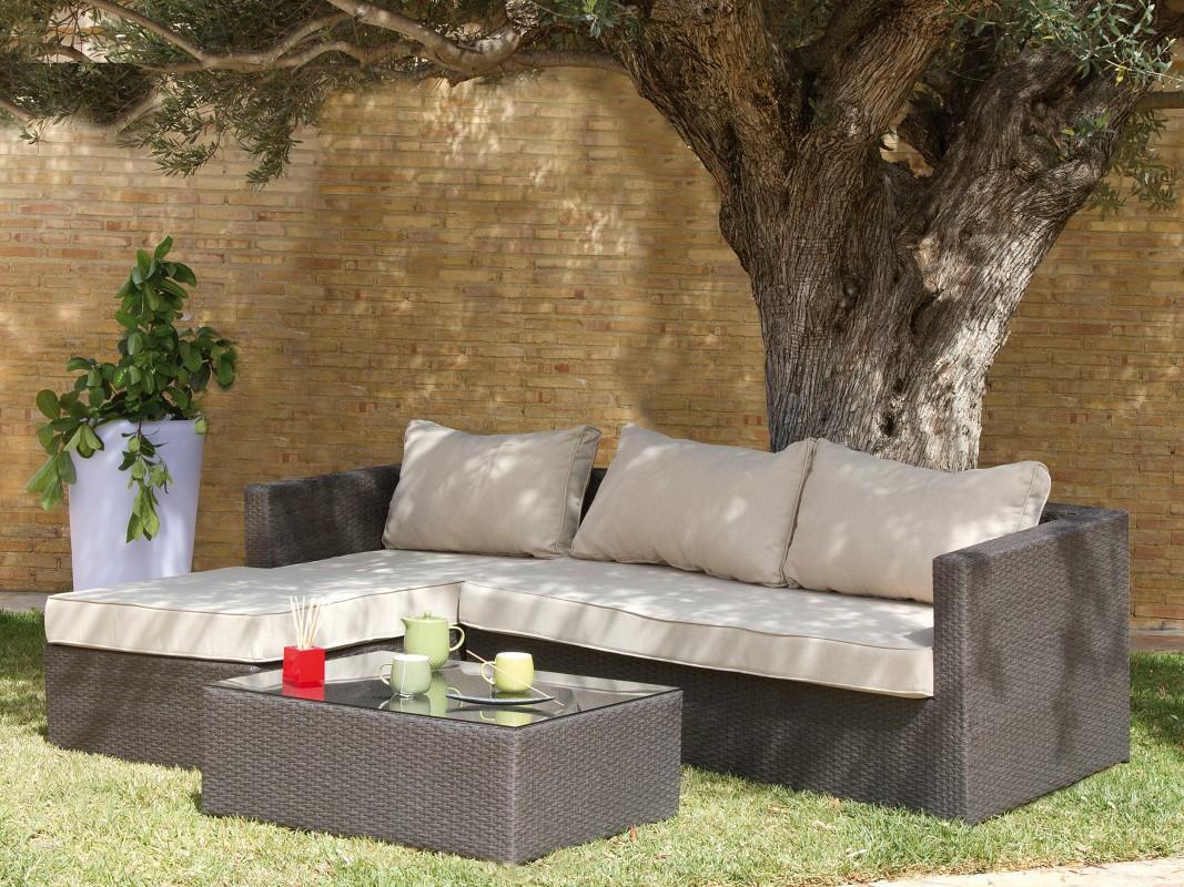 sofa chaise longue jard n con mesa de centro rat n sint tico