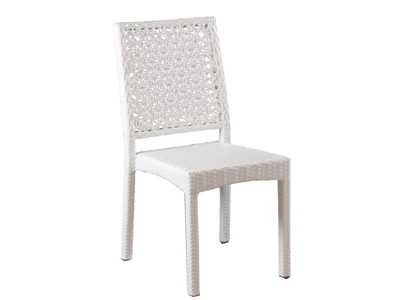 Conjunto mesa y 4 sillas blancas de jard n rattan sint tico for Conjuntos de jardin de rattan sintetico