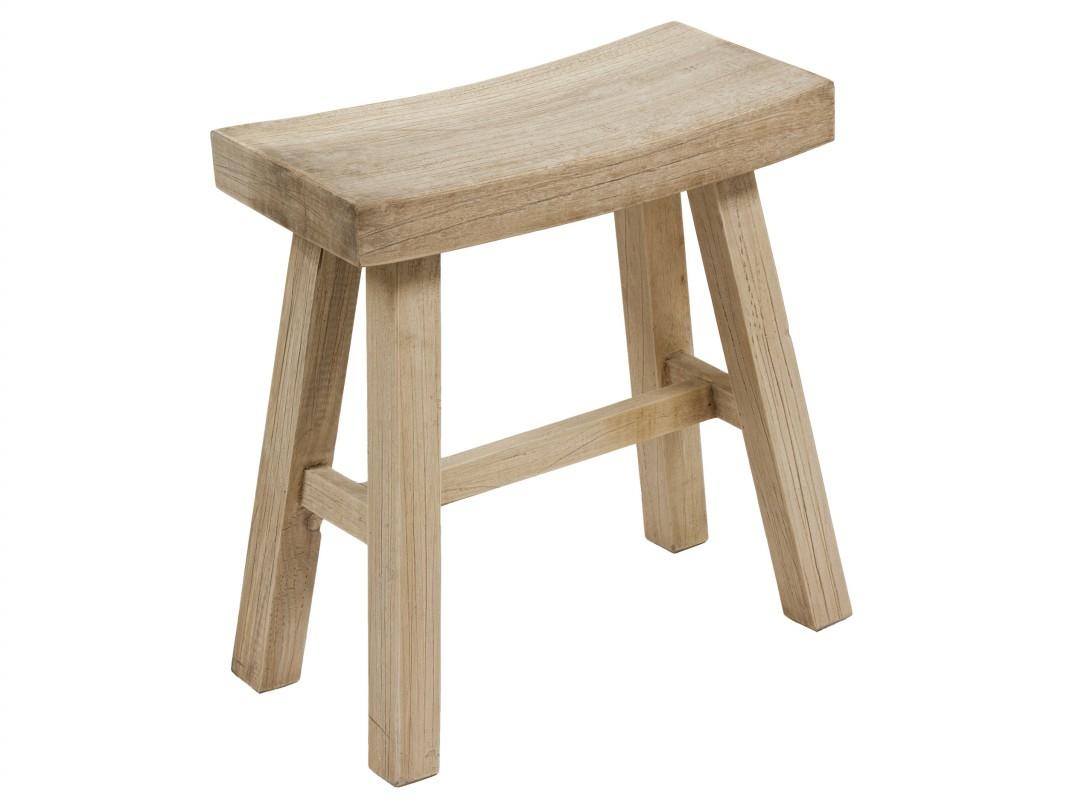 Comprar taburete bajo curvado de madera de trembesi for Taburetes de madera