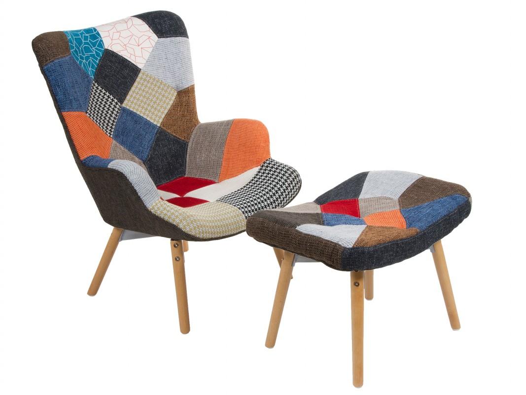Sill n patchwork con ottoman de madera y poli ster for Butacas y sillones baratos