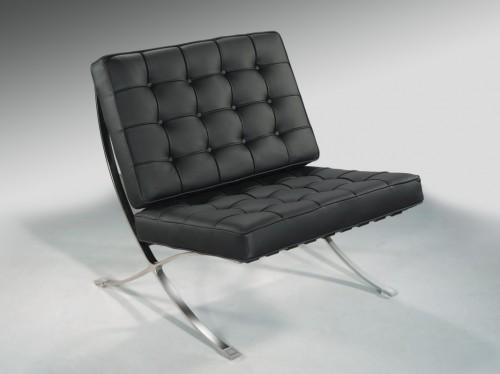 Silla barcelona r plica en polipiel sillas dise o online for Sillas diseno barcelona