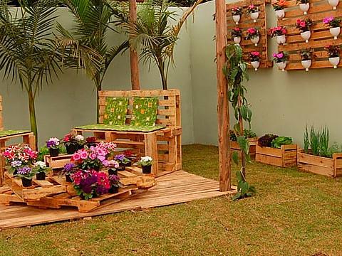Decoraci n exterior terrazas y jardines tienda online - Decorar paredes con palets ...