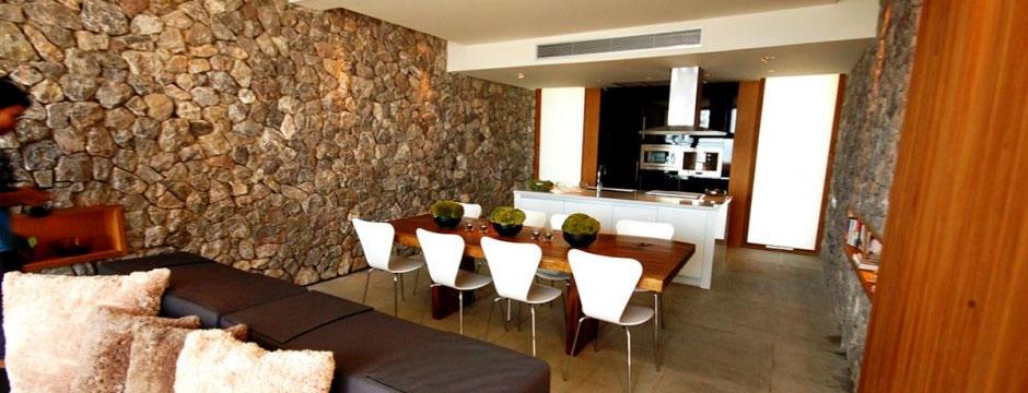 Paredes y muros de piedra natural en la decoraci n del hogar - Como colocar piedra natural ...