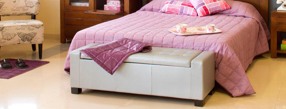 Muebles para decorar con estilo y aprovechar el pie de cama