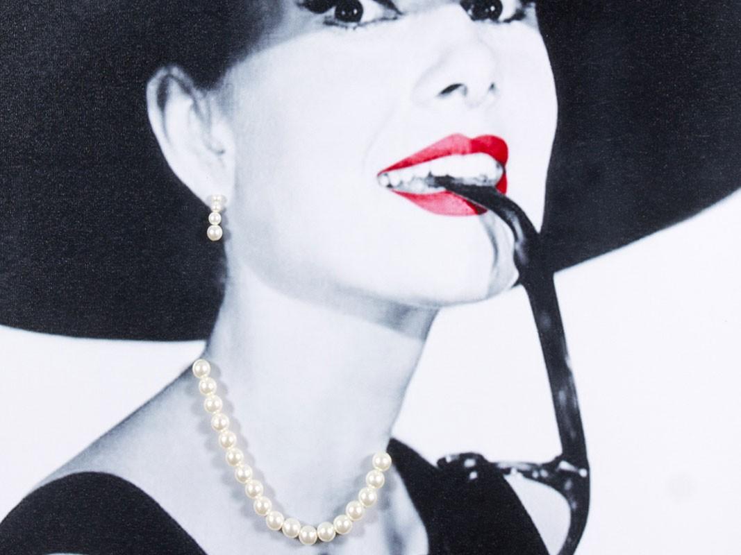 Retrato de audrey hepburn con sombrero y relieve collar - Cuadro audrey hepburn ...