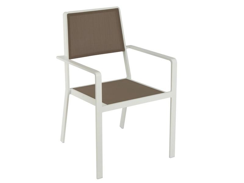 Silla de aluminio y poli ster para terraza blanca y marr n for Sillas jardin blancas